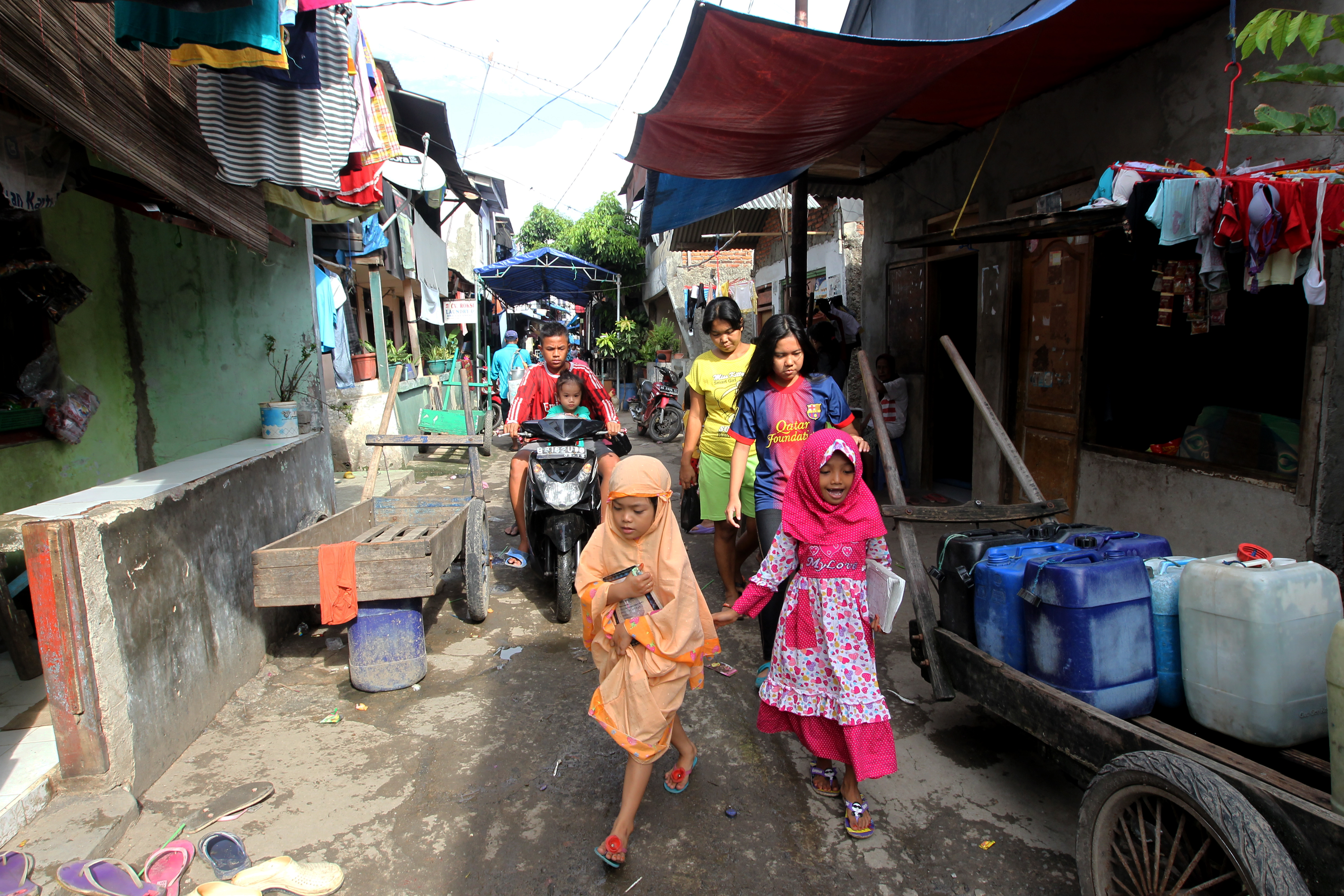Gender, Health Faith in Indonesia, the Philippines