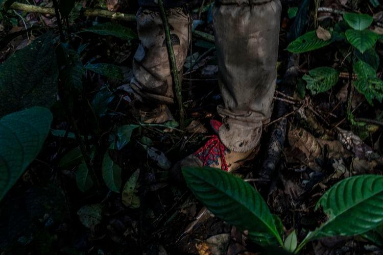 Ecologist Fiona Soper uses snake gaiters. Rattlesnakes are plentiful in the Rincón de la Vieja National Park. Image by Dado Galdieri / Hilaea Media. Costa Rica, 2020.