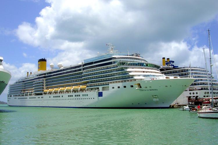 A cruise ship in St. John's. Image courtesy Roger W./CC BY-SA 2.0. Barbuda, 2012.