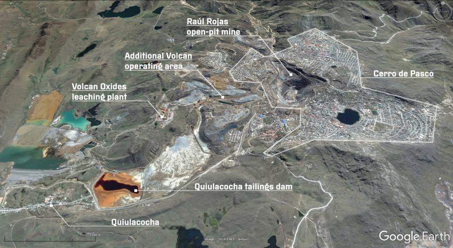 An aerial view of Cerro de Pasco, taken from Google Earth. The Quiulacocha tailings dam has been used for mining waste since the 1920s, before which it was known as the Lagoon of the Gulls. Image by Google, 2017.