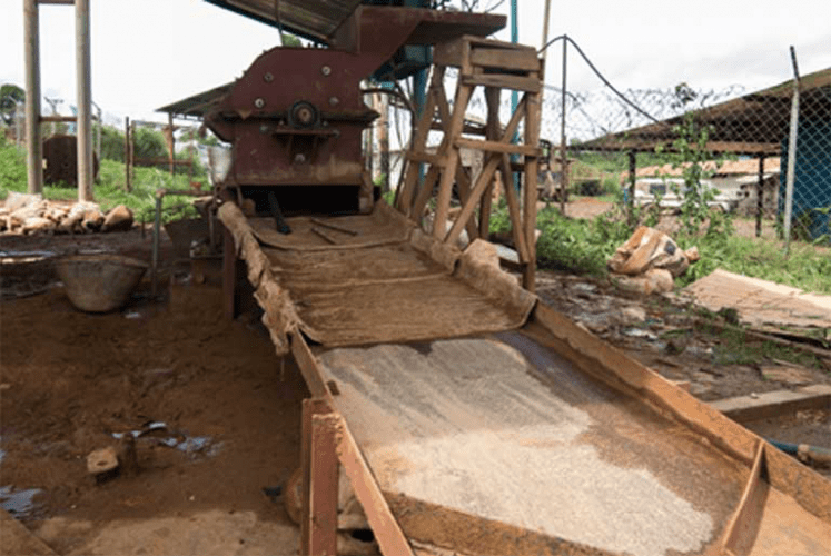 A makeshift installation made to separate gold from waste rock and sediments. Mercury use is inherent to this technique, and a toxic danger to miners. Image by Bram Ebus. Venezuela, 2017.<br />