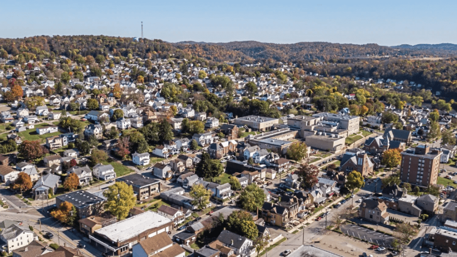 The town of Leechburg. Image by Andrew Rush. United States, 2019.